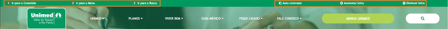 Imagem mostra a barra de menu do site da Unimed VTRP com destaque em laranja para os itens de acessibilidade
