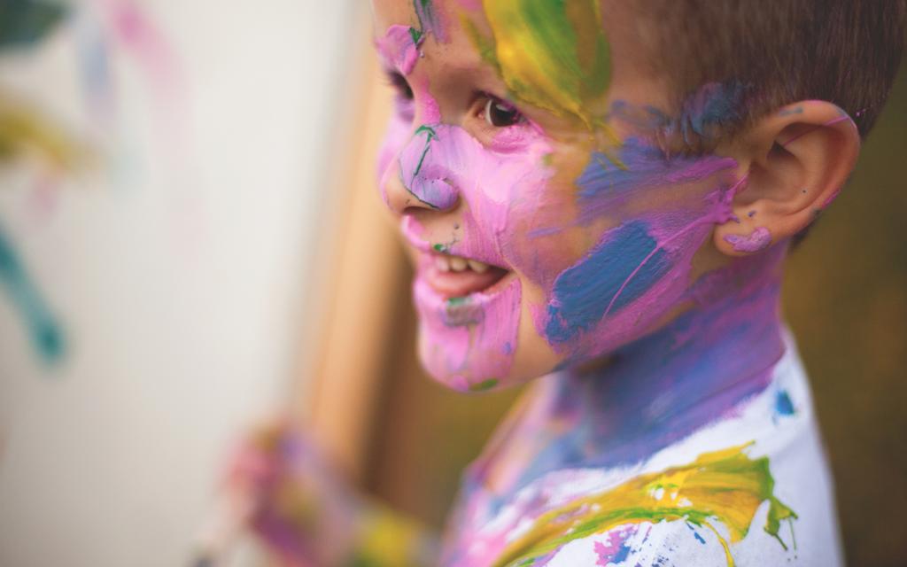 Blog Unimed_VTRP Crianças Brincadeiras Pintar Colorir