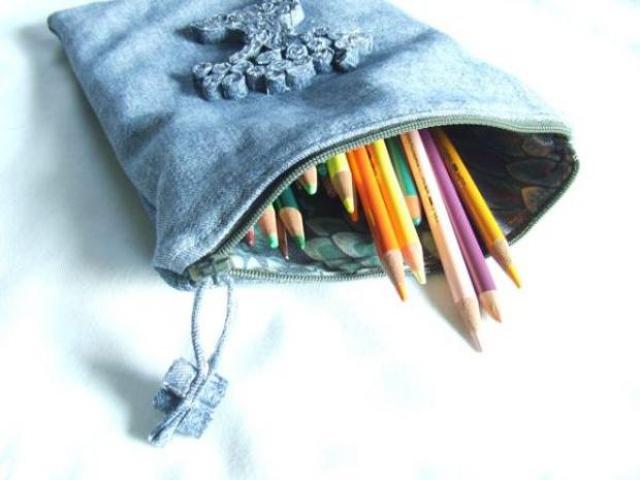 Crianças Feitos a Partir de Jeans Velhos Blog Unimed VTRP 3