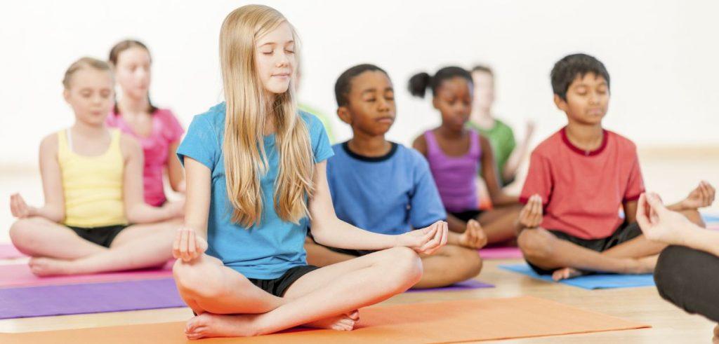 Blog-Unimed-yoga-crianças