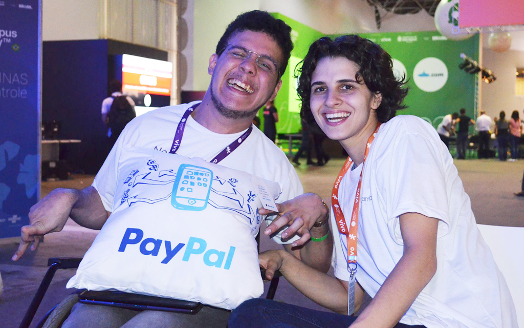 João Santiago e Simone no Evento da Campus Party